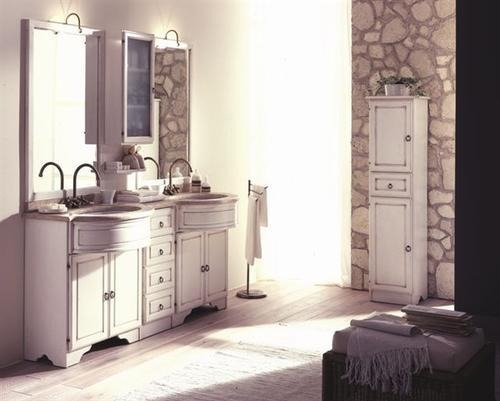 Mobili bagno classici legno massiccio eleganza for Mobili bagno bianchi
