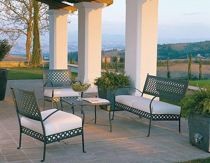 Poltrone e divani giardino classico ferro battuto vimini - Mobili da giardino in ferro ...