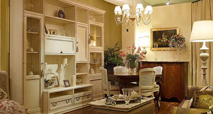 Ristrutturare casa in stile classico pavimenti pareti for Arredare casa in stile classico