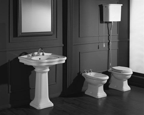 Water e bidet classici bianchi stile colonna - Dimensioni water piccolo ...